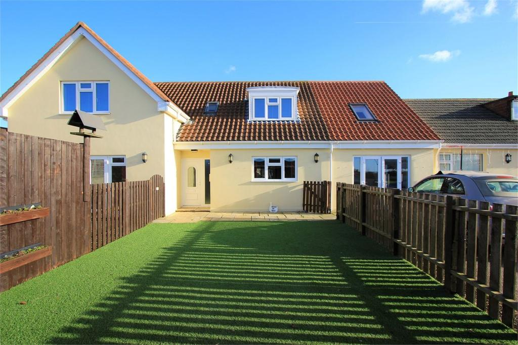 4 Bedrooms Semi Detached House for sale in Le Pont du Val, St Brelade, Jersey, JE3