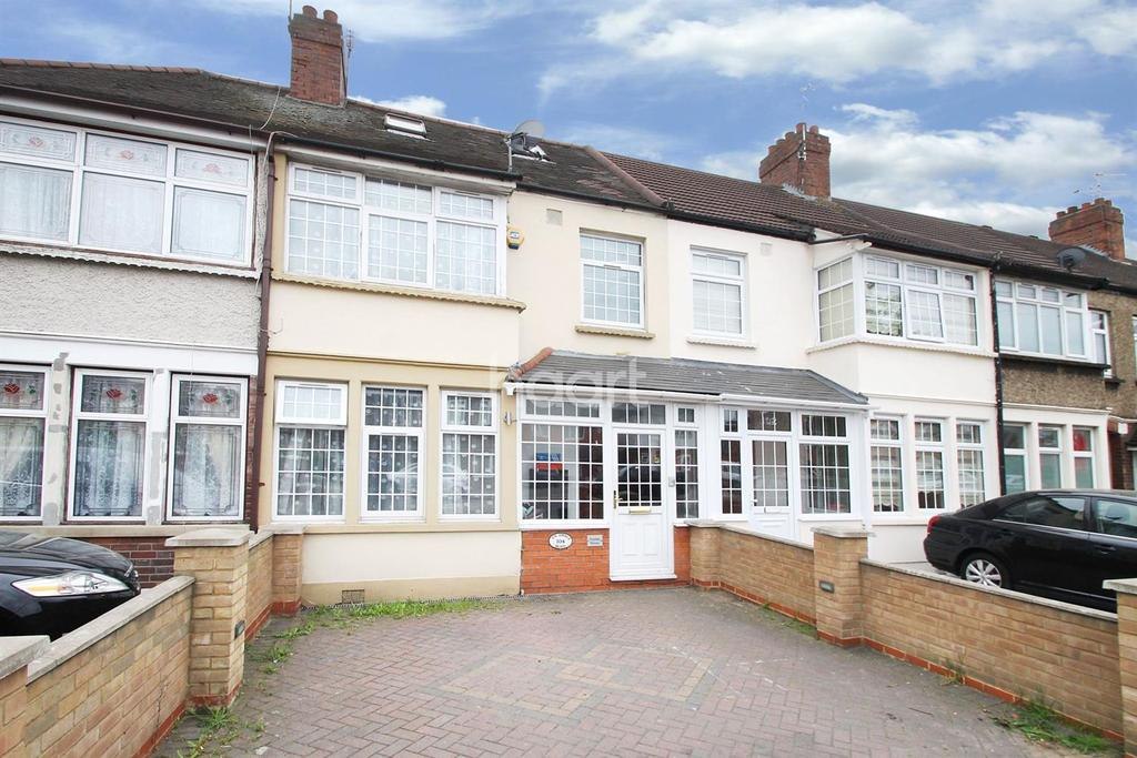 4 Bedrooms Terraced House for sale in Fencepiece Road, Barkingside