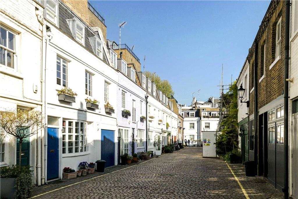 3 Bedrooms Mews House for sale in Lancaster Mews, Hyde Park, London, W2