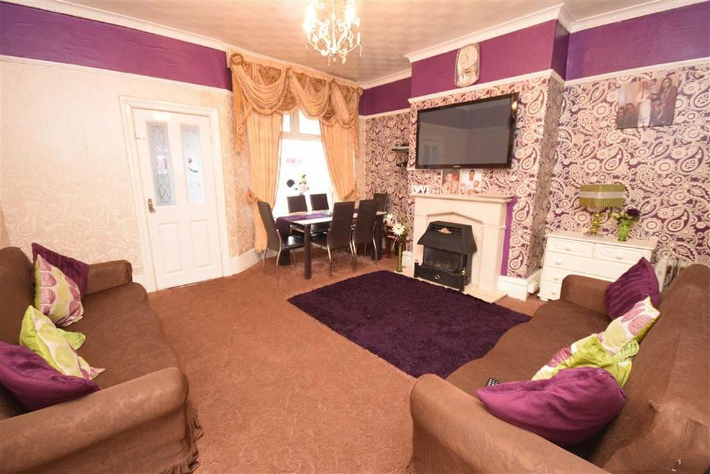 3 Bedrooms Terraced House for sale in Halifax Road, Brierfield, Lancashire