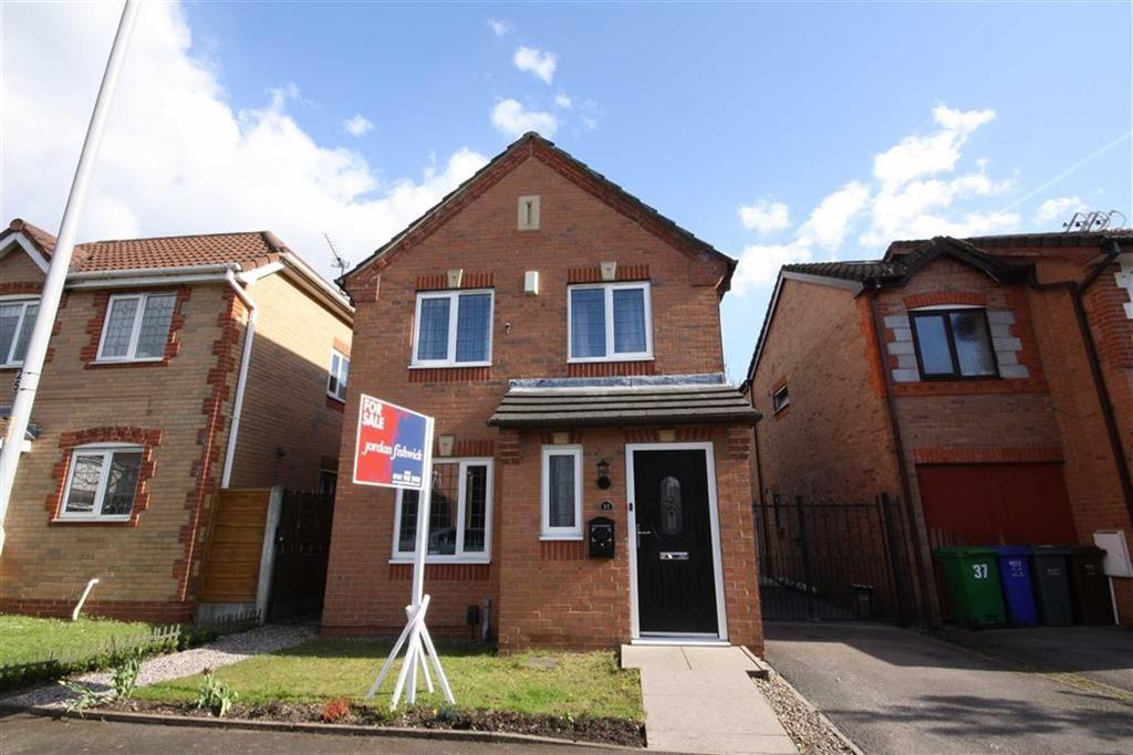 3 Bedrooms Detached House for sale in Kerscott Road, Sale