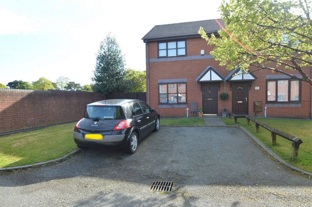2 Bedrooms Semi Detached House for sale in Aldworth Grove, SALE, Cheshire