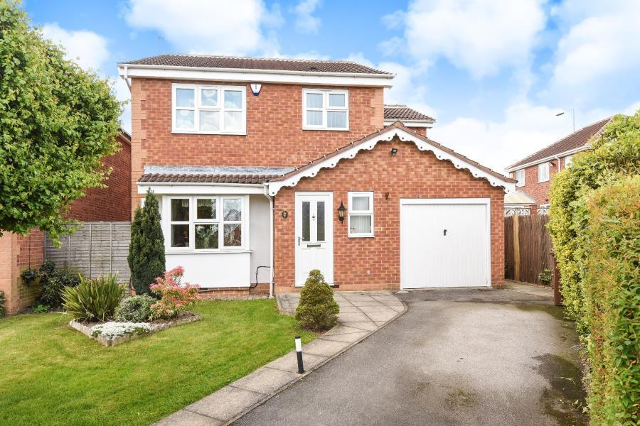 4 Bedrooms Detached House for sale in WELBURN CLOSE, SANDAL, WAKEFIELD, WF2 6QZ