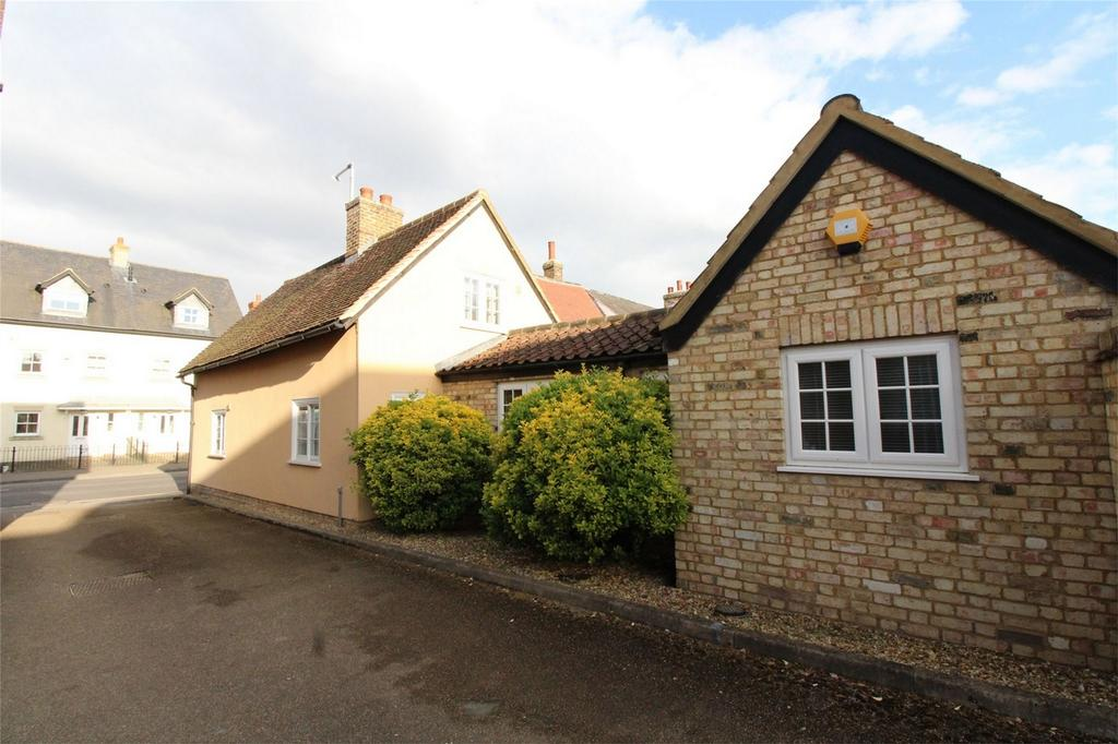 2 Bedrooms Cottage House for sale in Biggleswade, Bedfordshire