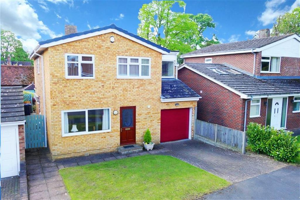 4 Bedrooms Detached House for sale in Bridewell Close, Buntingford