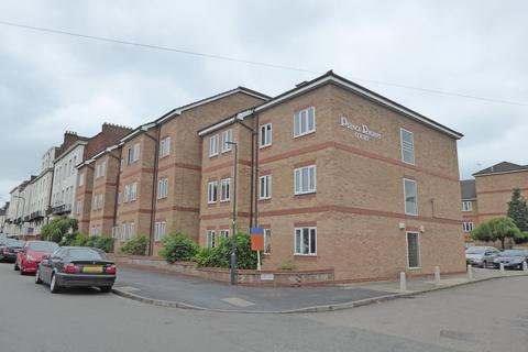 2 bedroom apartment to rent - Prince Regent Court, Leamington Spa