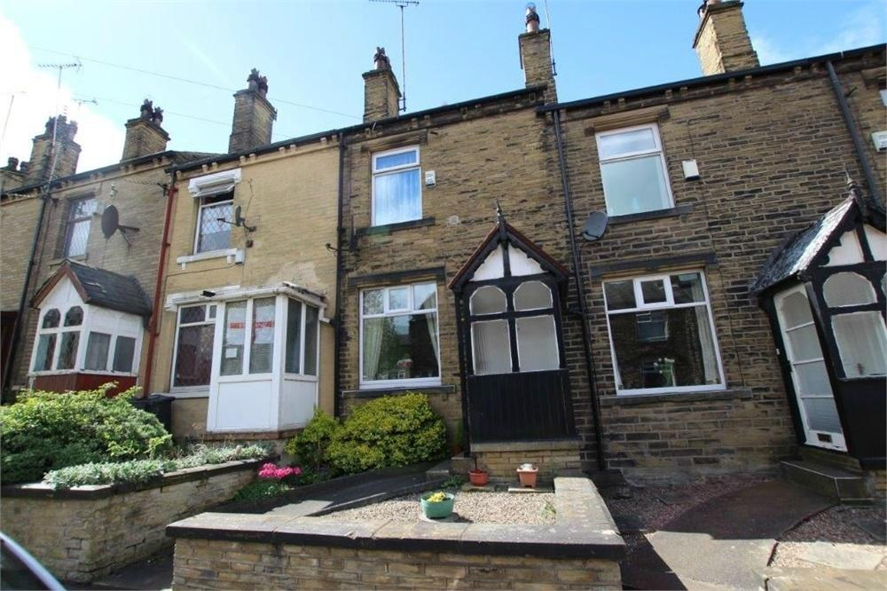 3 Bedrooms Terraced House for sale in 30 Booth Street, CLECKHEATON, West Yorkshire