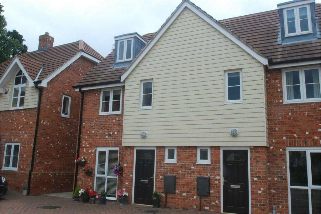 3 Bedrooms Town House for sale in Lenham