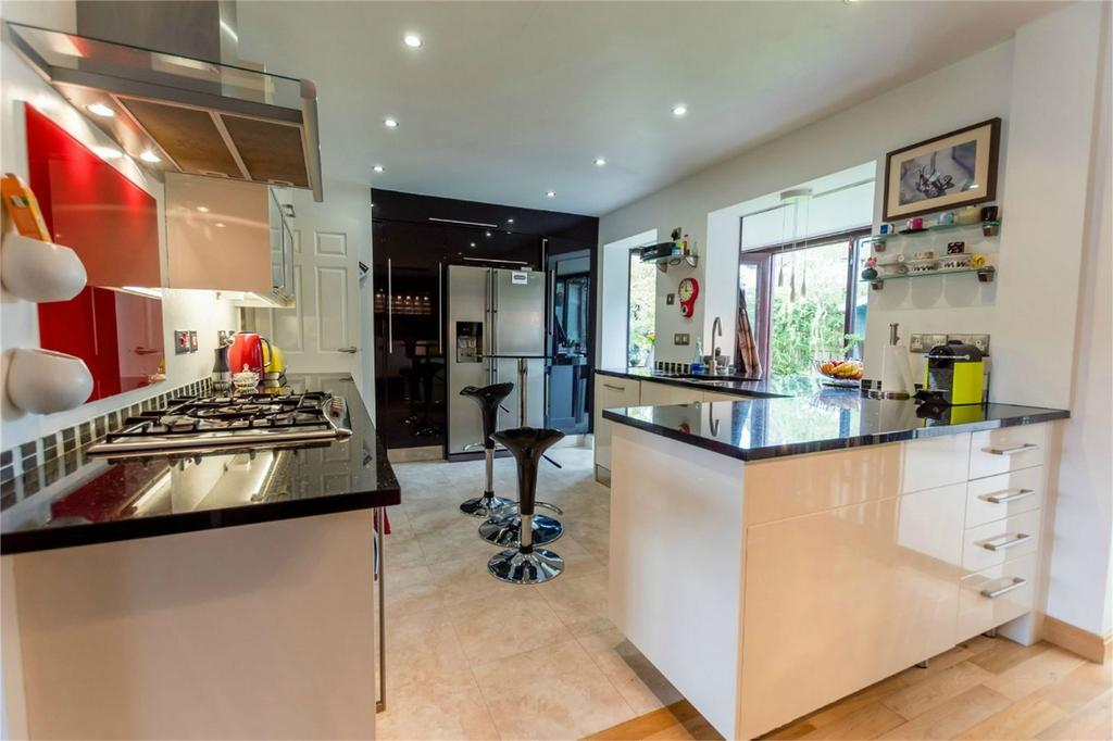 3 Bedrooms Detached House for sale in Redman Close, Fulford, YORK