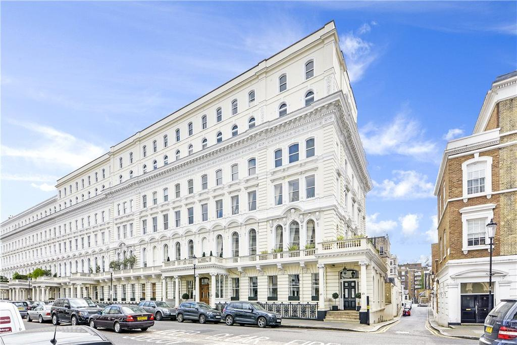 Queen 39 s gate terrace south kensington london sw7 4 bed for Queens gate terrace