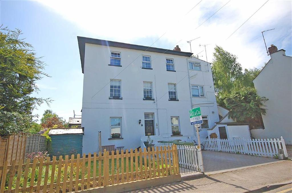 1 Bedroom Flat for sale in Church Street, Charlton Kings, Cheltenham, GL53