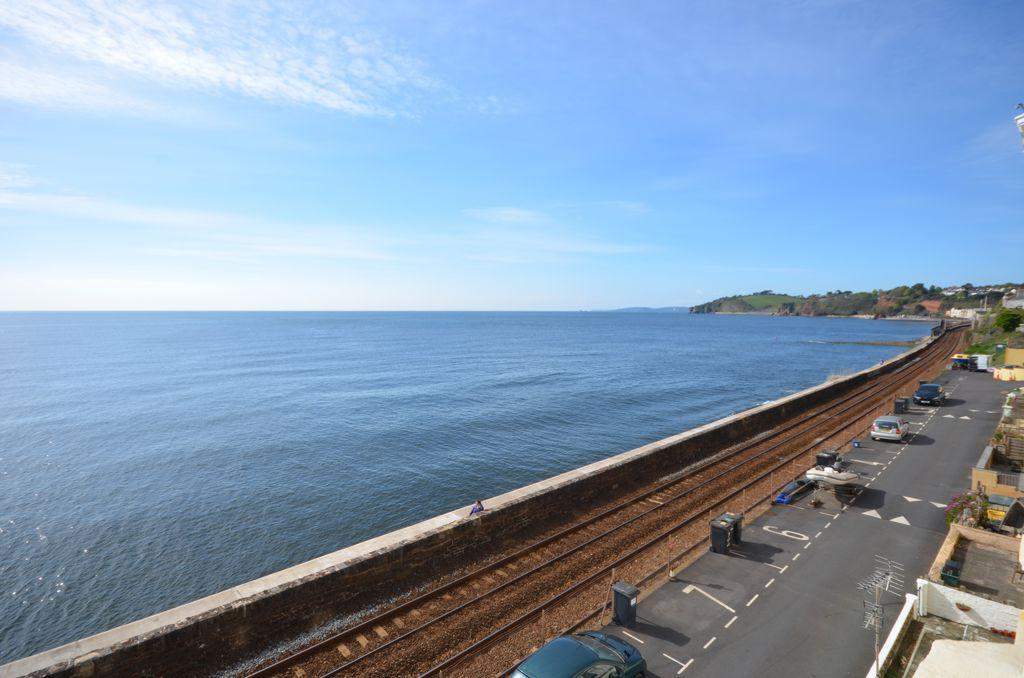 3 Bedrooms Maisonette Flat for sale in Sea Lawn Terrace, Dawlish, EX7
