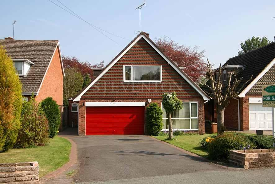 4 Bedrooms Detached House for sale in Linden Lea, Finchfield, Wolverhampton