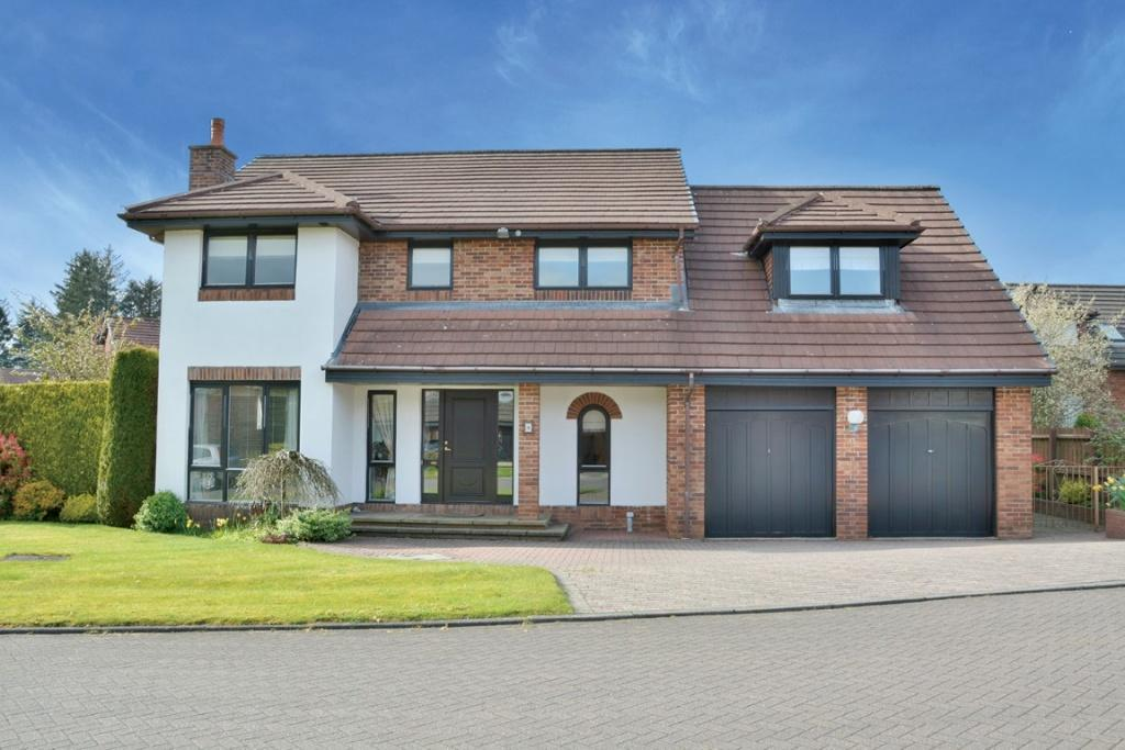 5 Bedrooms Detached House for sale in 4 Millburn Drive, Kilmacolm, PA13 4JF