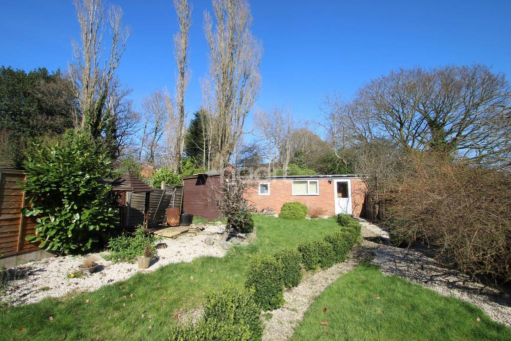 3 Bedrooms Semi Detached House for sale in Stanfield Road, Quinton