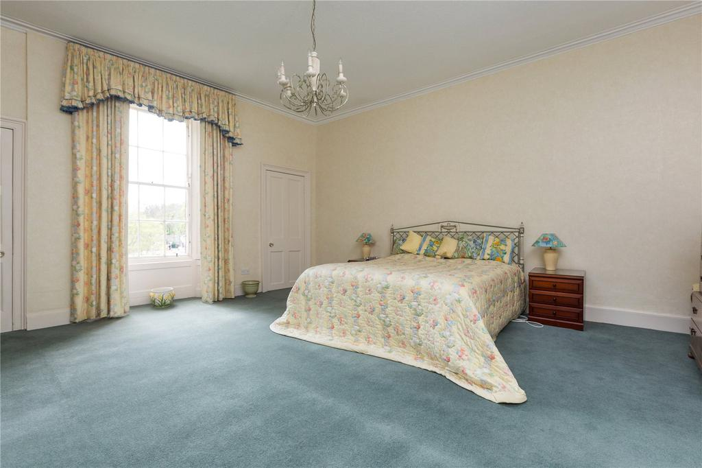 Carlton terrace edinburgh 5 bed terraced house for sale for 13 regent terrace edinburgh