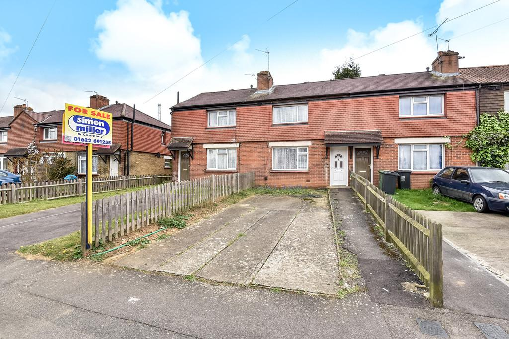 3 Bedrooms Terraced House for sale in Grove Road, Maidstone