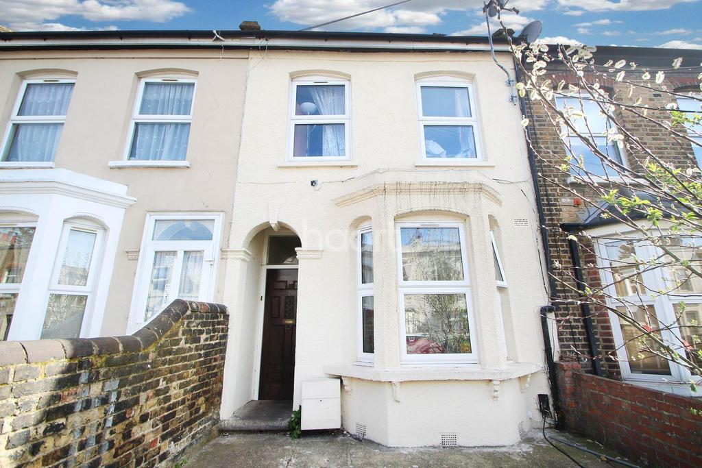 3 Bedrooms Terraced House for sale in Albert Square, Stratford, London, E15