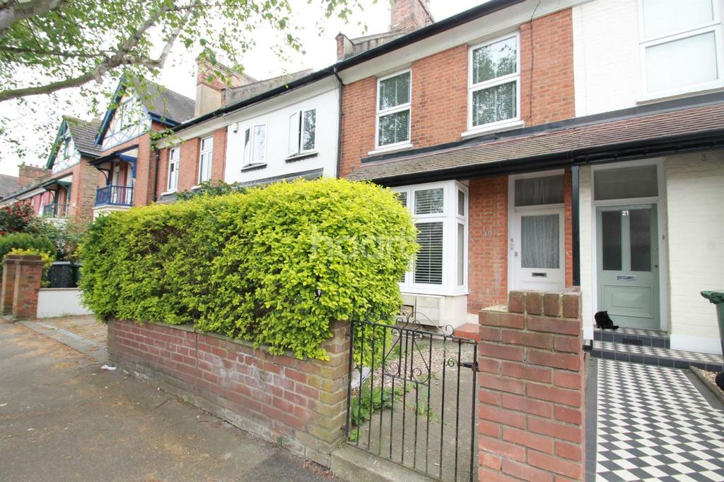 2 Bedrooms Flat for sale in Buxton Road, Chingford