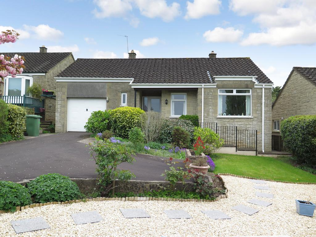 2 Bedrooms Detached Bungalow for sale in Fayreway, Croscombe