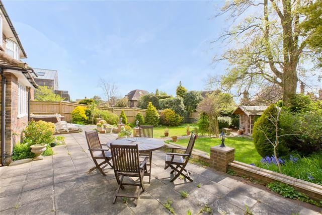 5 Bedrooms Detached House for sale in Dyke Road Avenue, Hove
