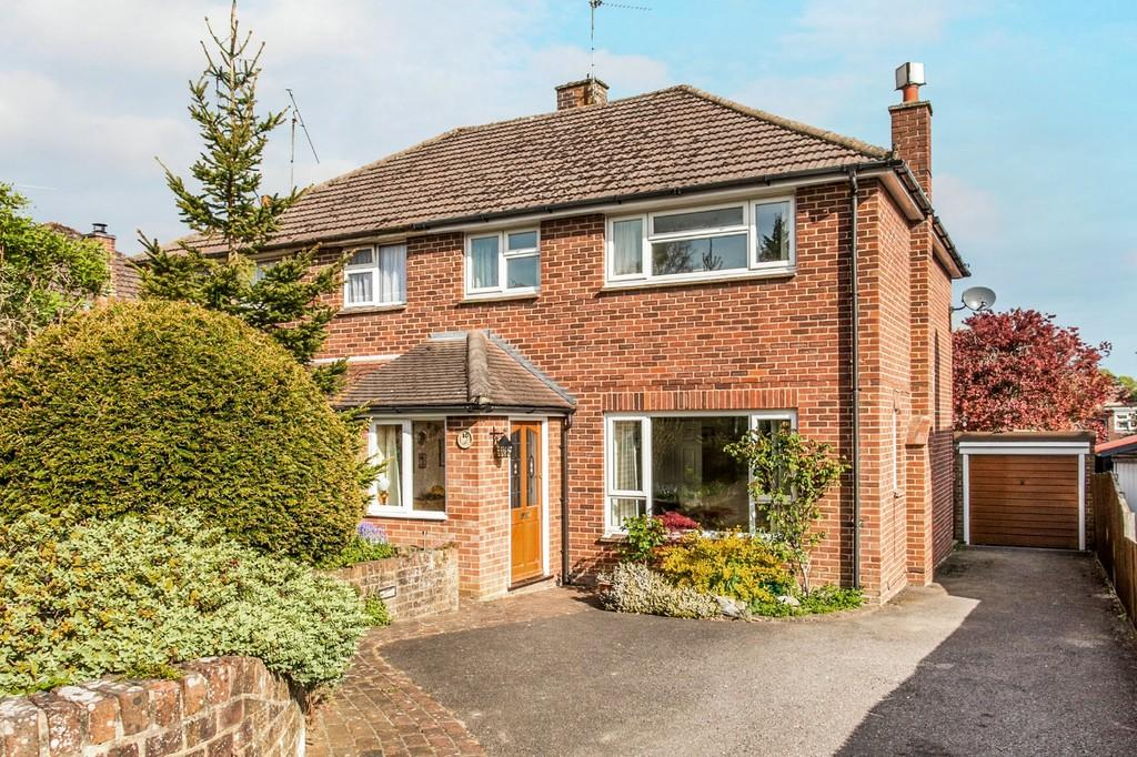 3 Bedrooms Semi Detached House for sale in St. Stephens Road, Weeke, Winchester, SO22