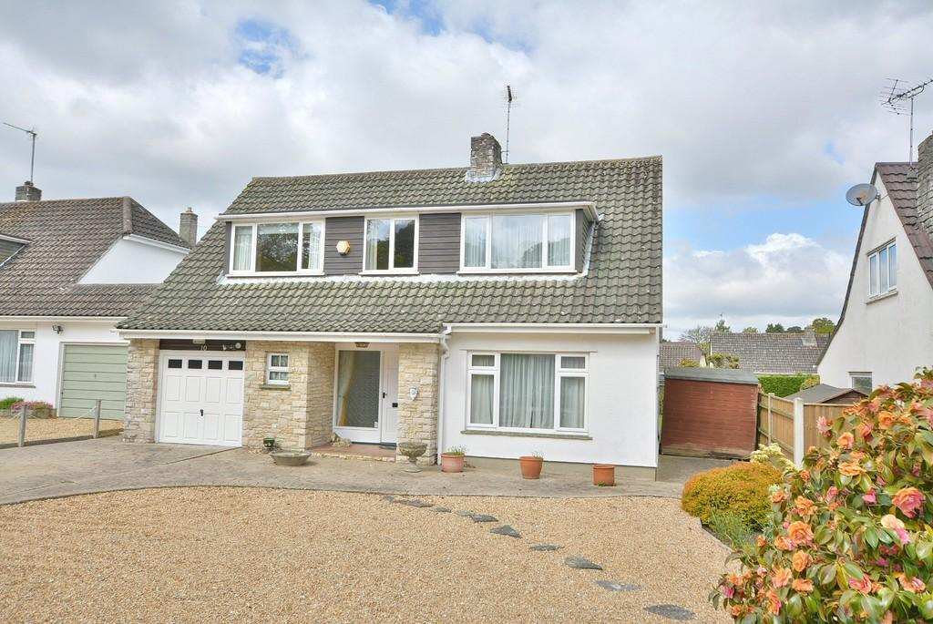 3 Bedrooms Chalet House for sale in Sherborne Drive, Ferndown