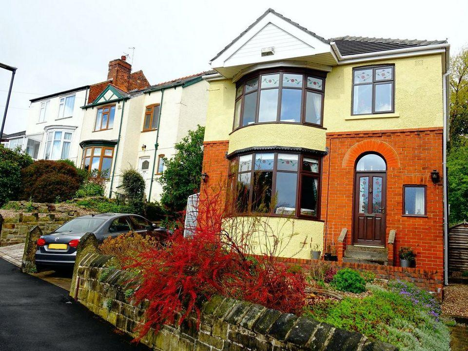 3 Bedrooms Detached House for sale in 10 Montgomery Avenue, Nether Edge, Sheffield, S7 1NZ