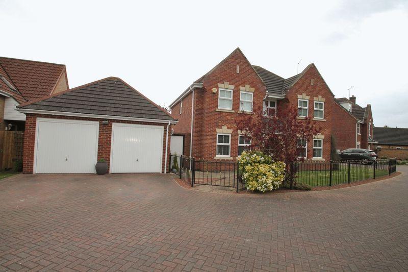 4 Bedrooms Detached House for sale in Tulip Walk, Spalding
