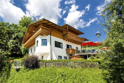 5 bedroom detached house  - Unique Ski-In, Ski-Out Location, Zell Am See, Salzburg