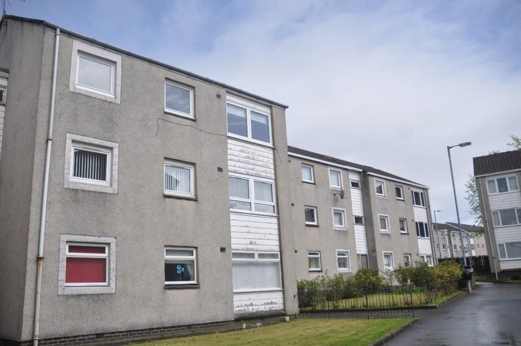 2 Bedrooms Flat for rent in Milovaig Street, Flat 2/2, Summerston, Glasgow, G23 5JA