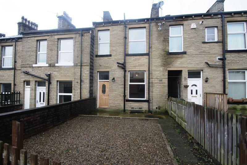 1 Bedroom House for sale in Oak Street, Elland