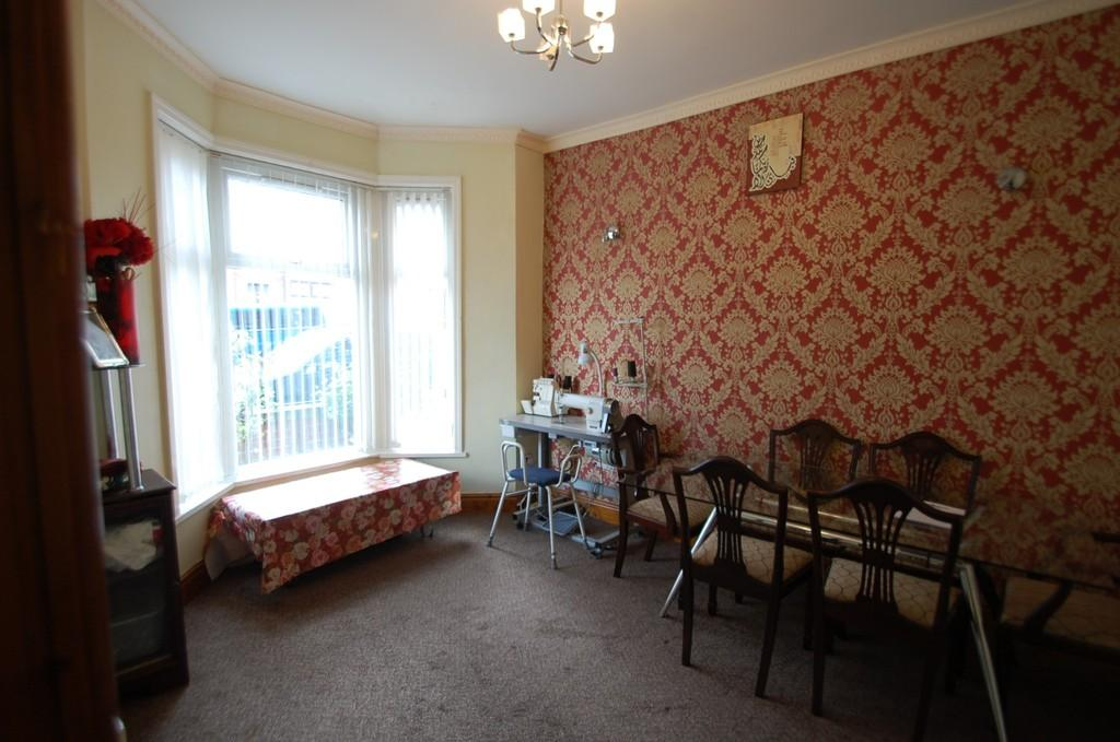 4 Bedrooms Terraced House for sale in Audley Range, Audley Range, Blackburn