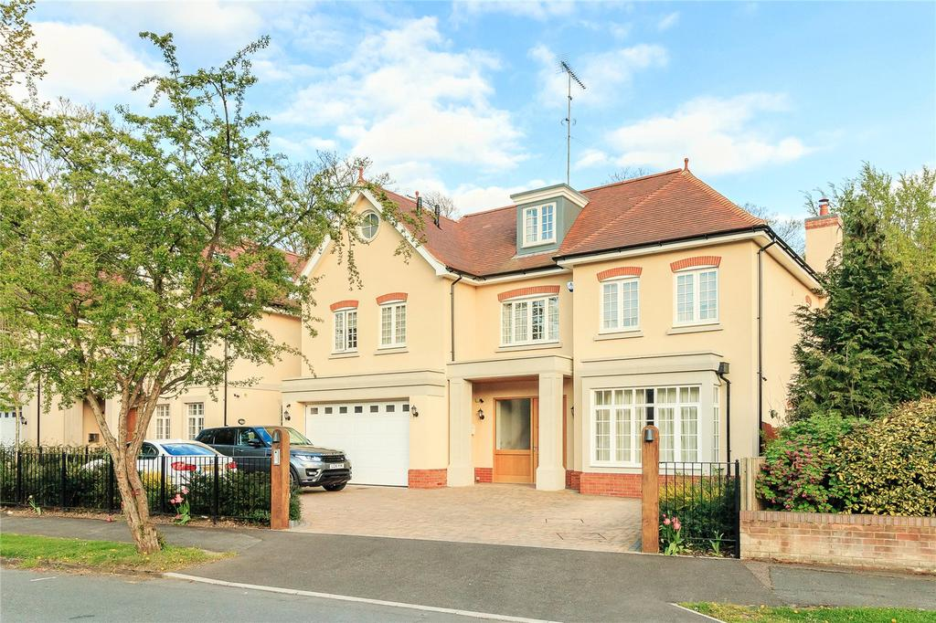 6 Bedrooms Detached House for sale in Winchfield Way, Rickmansworth, Hertfordshire, WD3