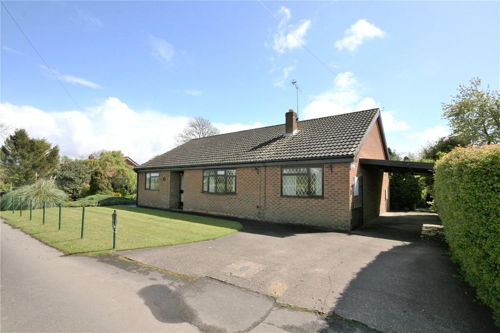 3 Bedrooms Detached Bungalow for sale in Lease Lane, East Halton, DN40