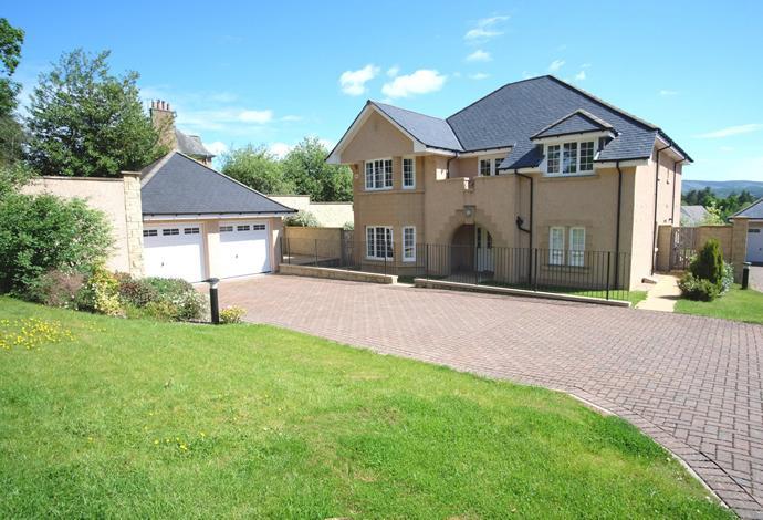 5 Bedrooms Detached House for sale in 23 Bonnington Road, Peebles, EH45 9HF