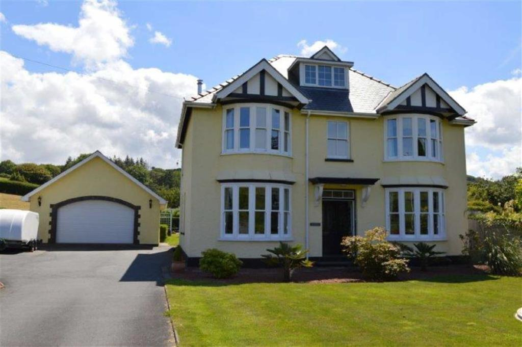 4 Bedrooms Detached House for sale in Hafan, Bow Street, Ceredigion, SY24