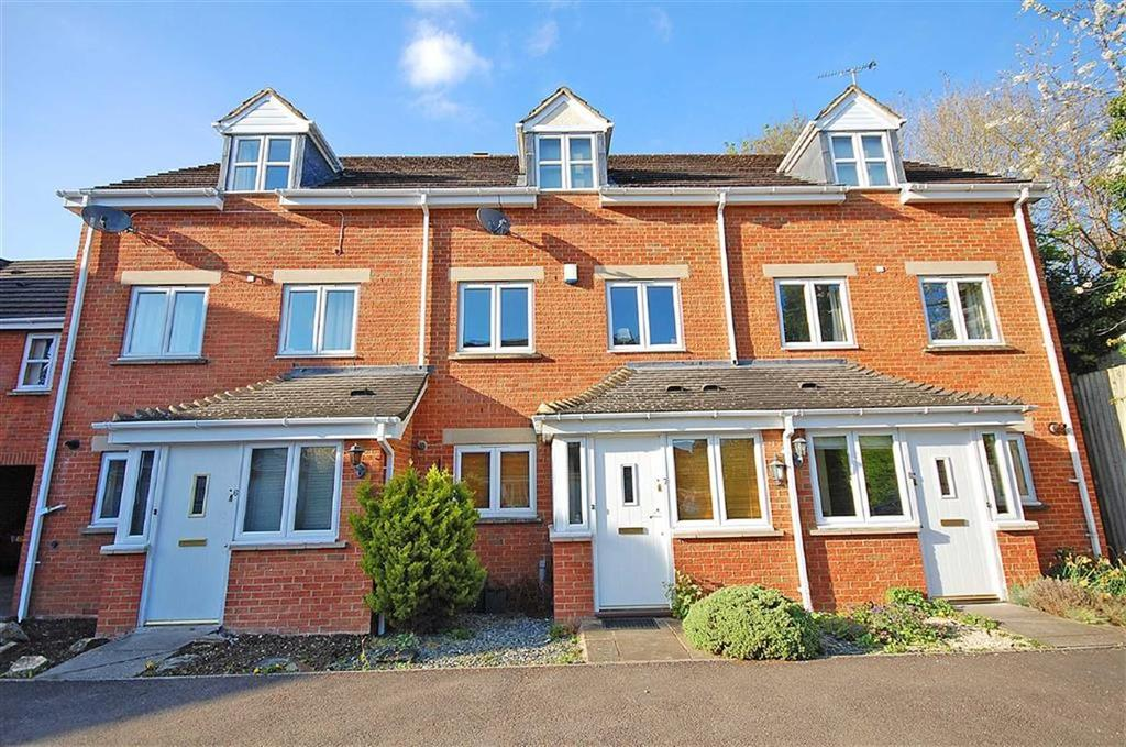 4 Bedrooms Town House for sale in Inglecote Close, Charlton Kings, Cheltenham, GL52