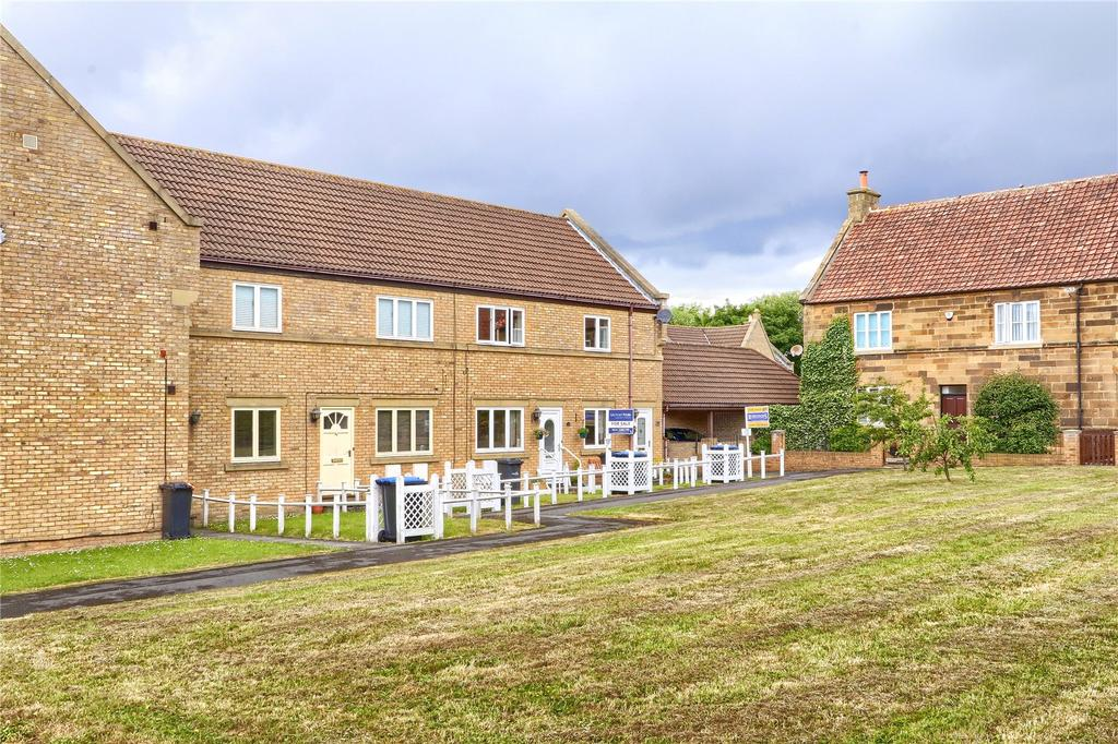 2 Bedrooms Flat for sale in Rosemoor Close, Marton