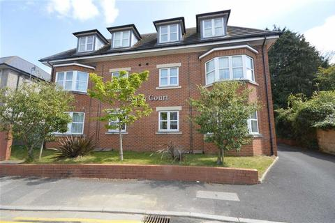 3 bedroom flat for sale - Heron Court, Bournemouth, Dorset, BH8