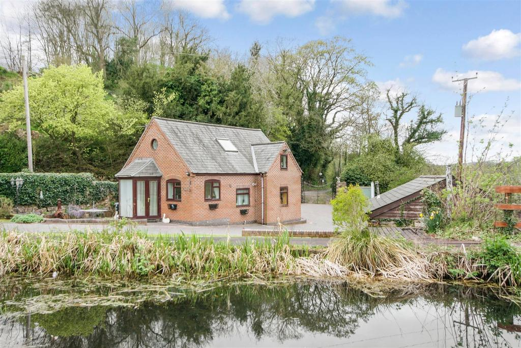 3 Bedrooms Detached Bungalow for sale in Newbridge, Llanymynech