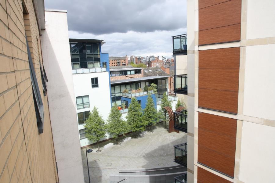 WATERLOO APARTMENTS, LEEDS, LS10 1JA 2 bed apartment - £ ...