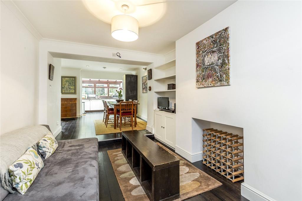 2 Bedrooms Flat for sale in Gunter Grove, London