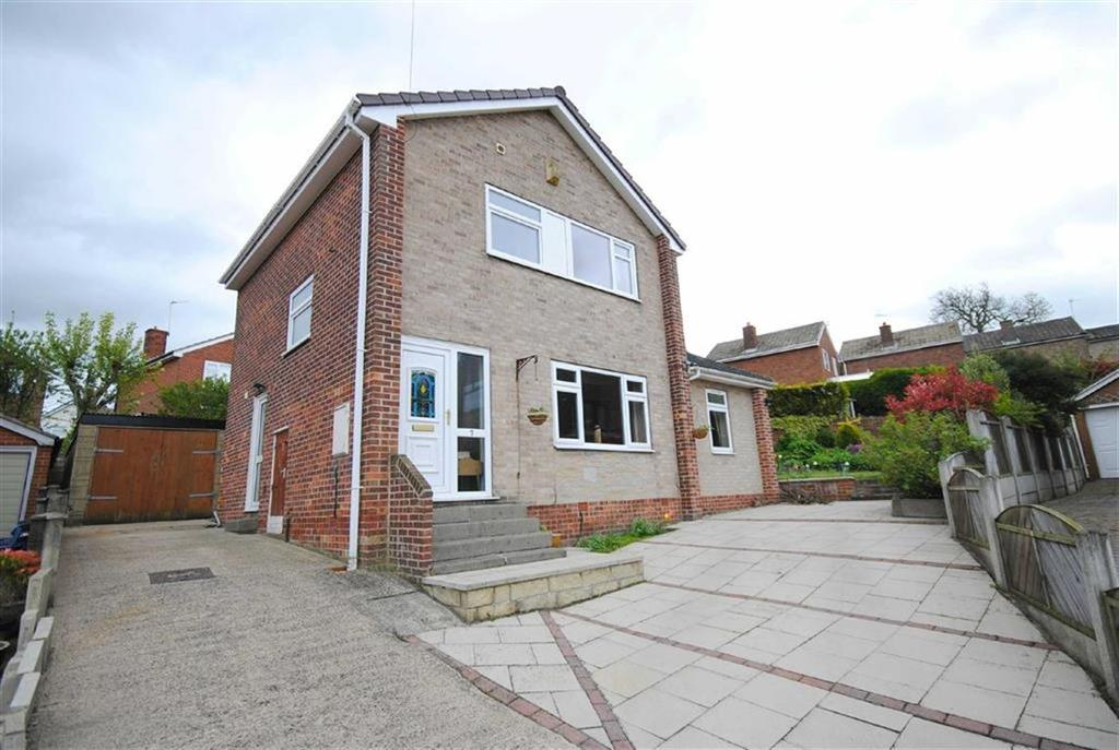 3 Bedrooms Detached House for sale in Pondfields Place, Kippax, Leeds, LS25