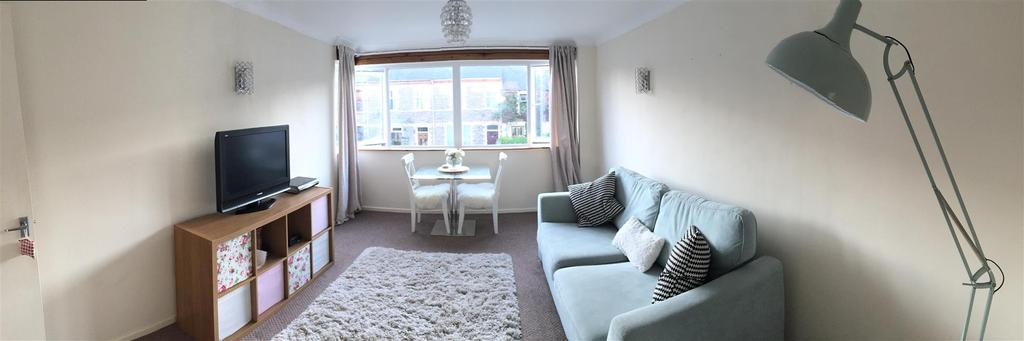 1 Bedroom Apartment Flat for sale in Conybeare Road, Victoria Park