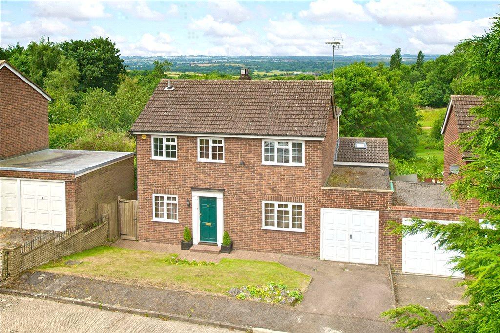 3 Bedrooms Detached House for sale in Great Brickhill Lane, Little Brickhill, Milton Keynes, Buckinghamshire