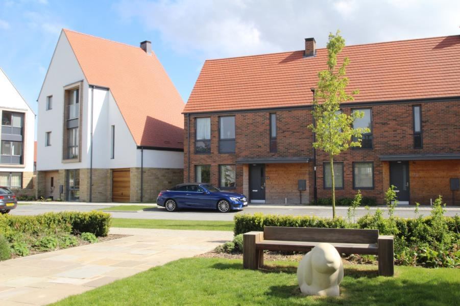 3 Bedrooms End Of Terrace House for sale in LOTHERINGTON MEWS, YORK, YO10 3TZ