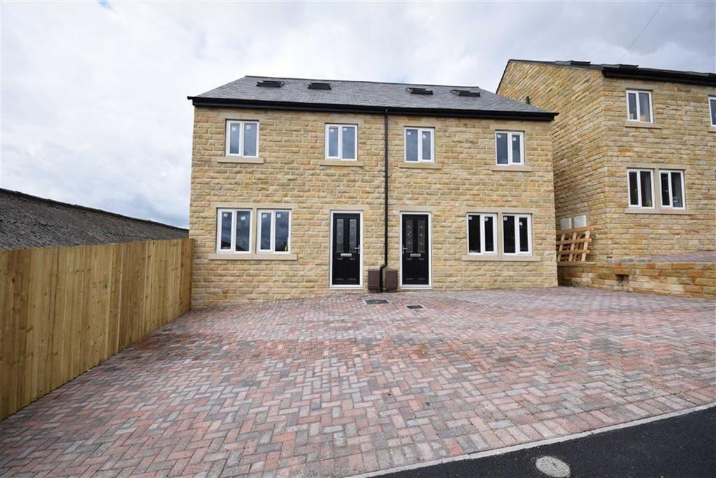 4 Bedrooms Semi Detached House for sale in Swanfield Drive, Clarence Street, Colne, Lancashire