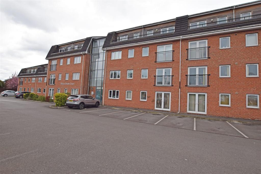 1 Bedroom Apartment Flat for sale in Wince Brook, Grimshaw Lane, Middleton
