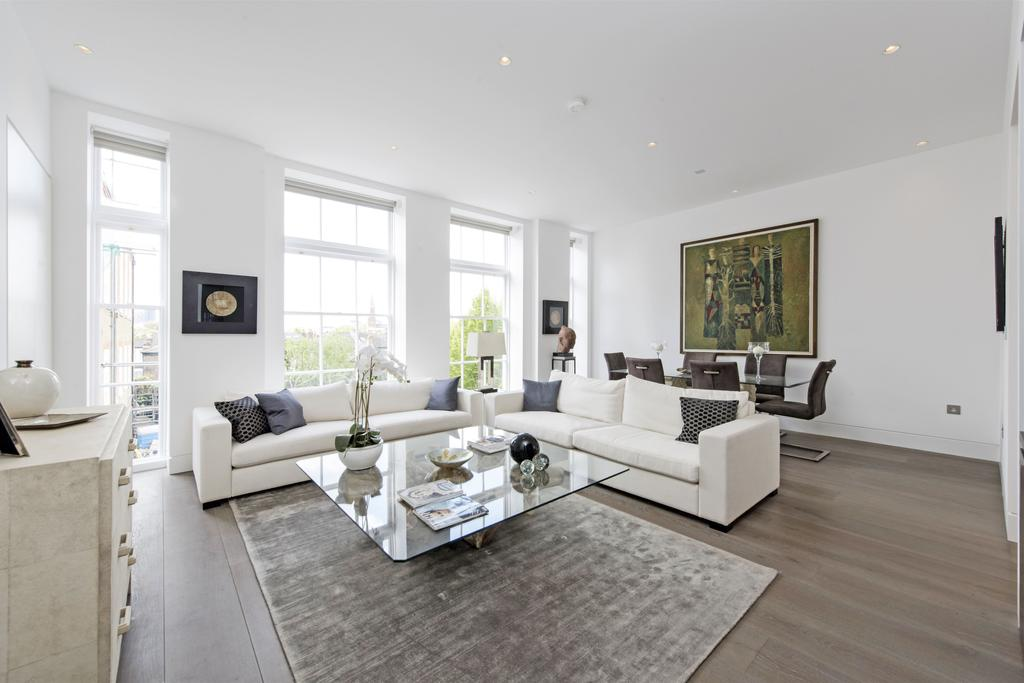 2 Bedrooms Flat for sale in William Blake House, Bridge Lane, SW11
